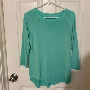Women's American Eagle 3 quarter sleeve shirt